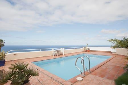 Private Pool, Garden & Terraces   - El Sauzal - Apartment