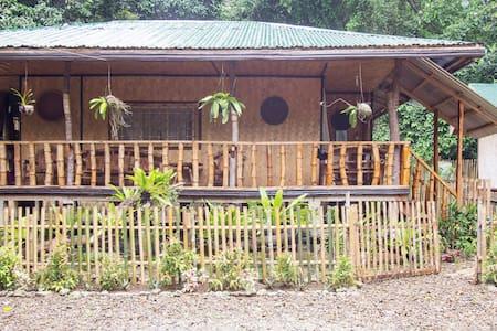 Nelly's NipaHut, 2BR Palawan Beach - Puerto Princesa