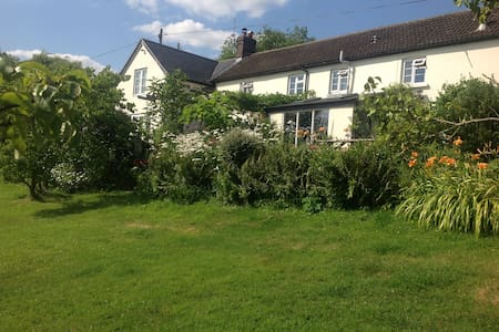 Delightful Cottage in Rural Dorset - Semley - Casa