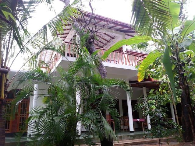 home stay  - Yala - ที่พักพร้อมอาหารเช้า