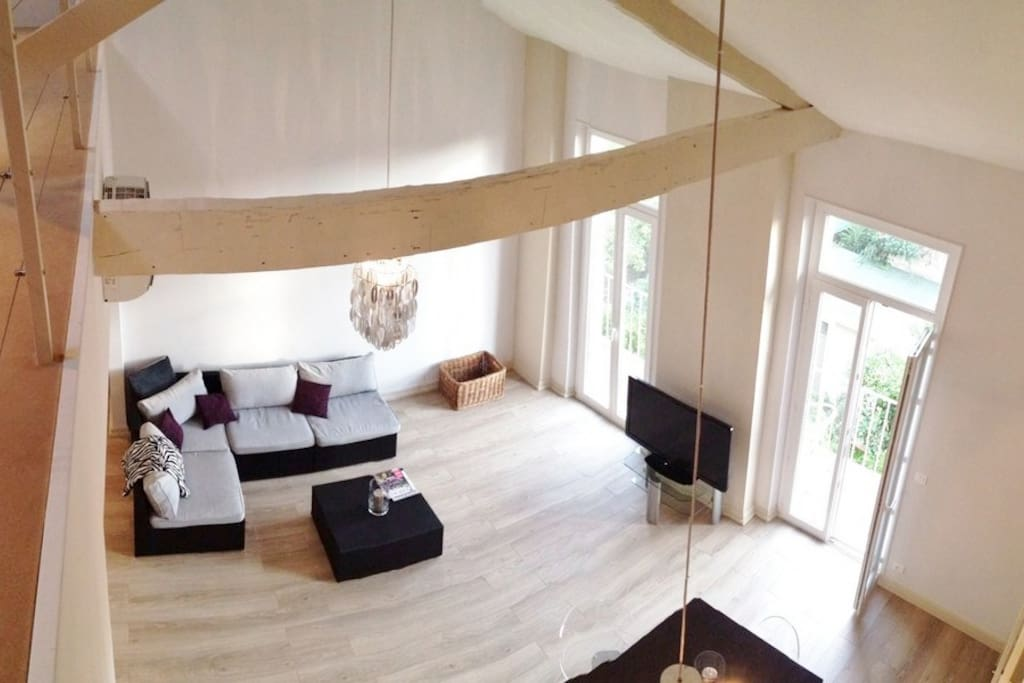 Loft cannes croisette palais appartements louer for Interieur sud cannes