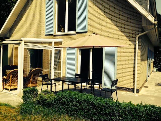 B&B Villa in north of Antwerp