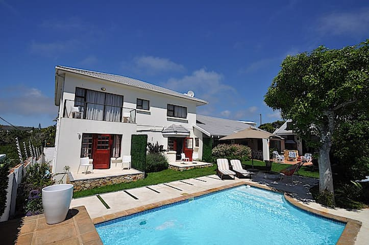 Plett Perfect Beach Guest House