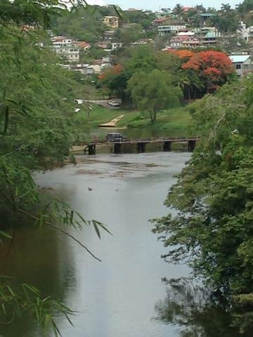 Private Riverfront Cabana - Santa Elena - Apartamento