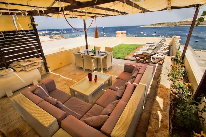 Sea Front Villa  - San Pawl il-Baħar - วิลล่า