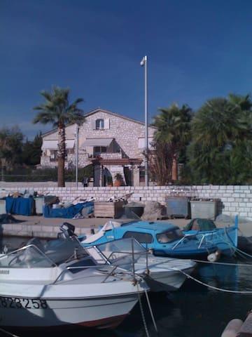 Casa dal porto