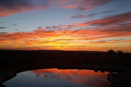 Forever views and Amazing sunsets! - Templeton
