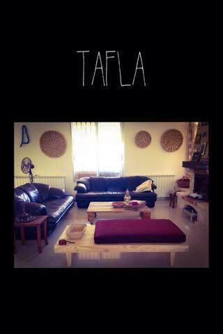 Live in TAFLA Villa on Batroun Hills ROOM 1 - Smar Jbail - Bed & Breakfast