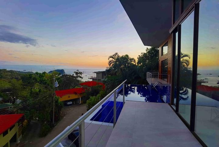 Brand New House in Manuel Antonio, 5 Bedrooms,Pool
