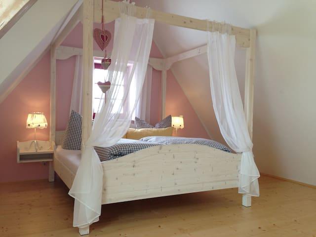 Romantisches Appartement Malve - Geising - Byt
