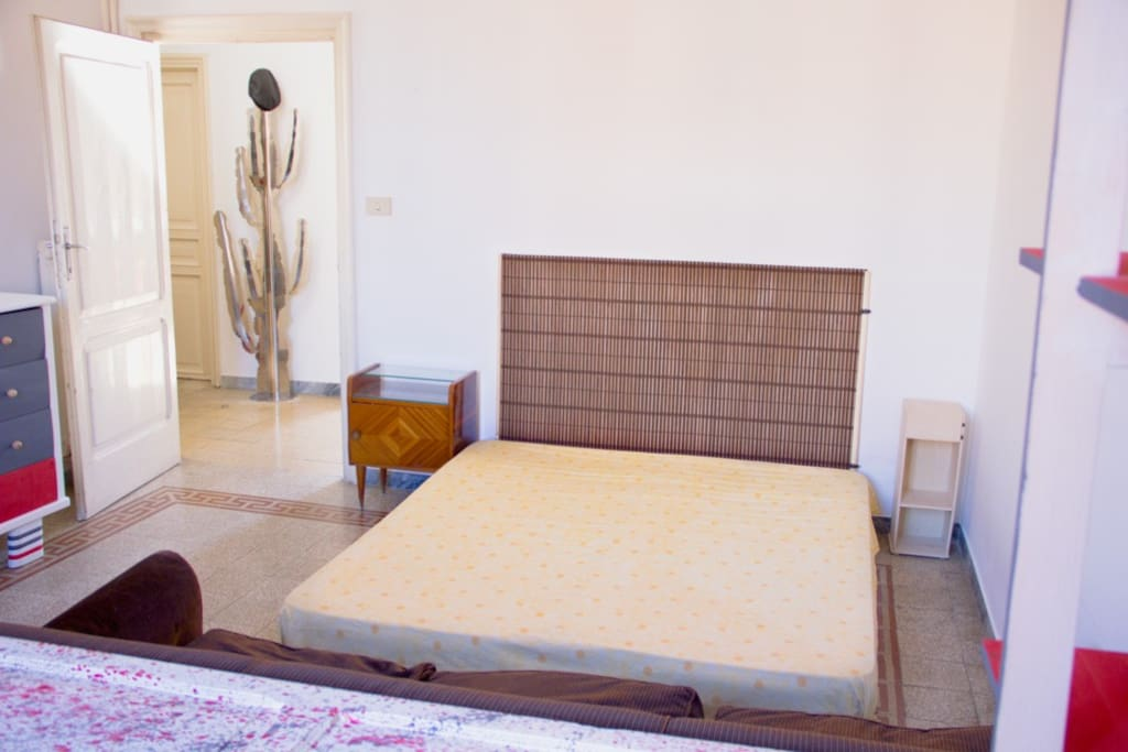 A big and confortable double bed