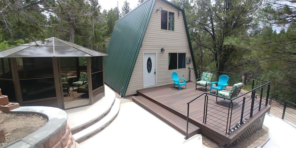 Zion's Cable Mountain Trail Head Cabin