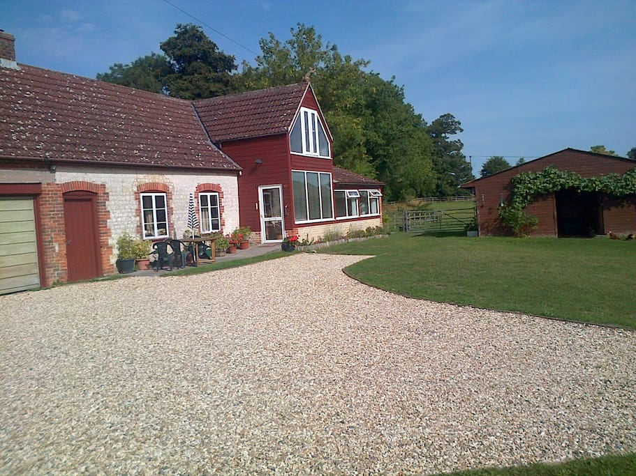 The cottage has a south-facing aspect with panoramic views, a large garden and plenty of parking.