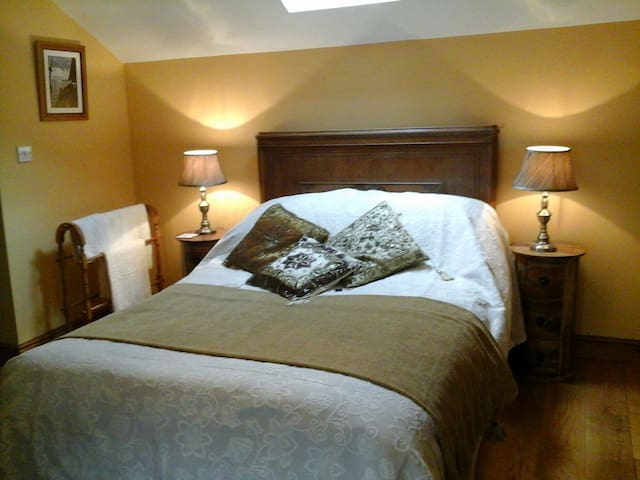 Siamber Cottage Garden B&B - Bonsall