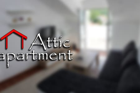 Attic Apartment - Slano - Apartment
