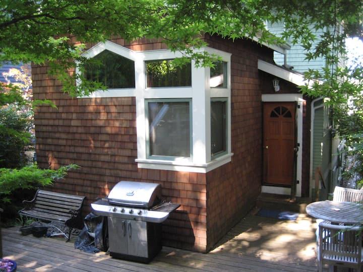 Studio Loft Garden Cottage