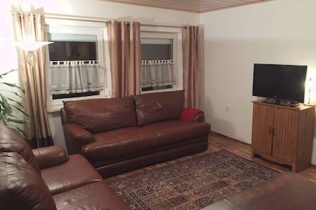 Hohenfels BNB Plus Apartment #2, (150 m2) - Hohenfels - Wohnung