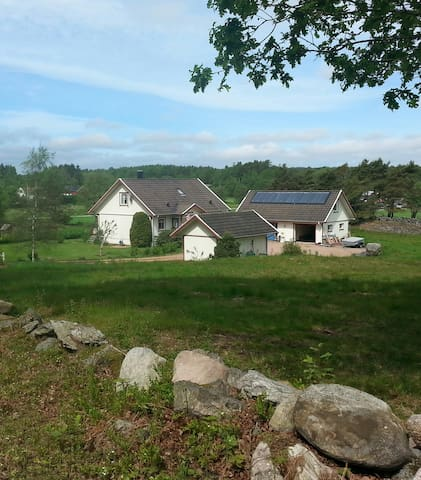 Child friendly countryside house - Henån - 一軒家
