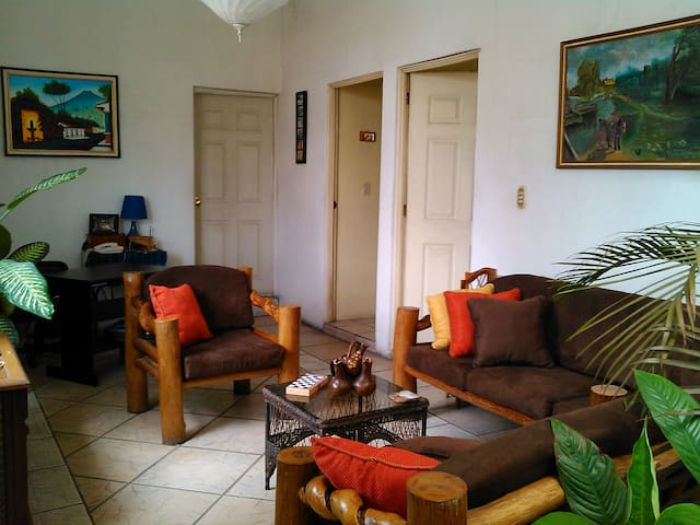 Apartment  15 min. from Airport