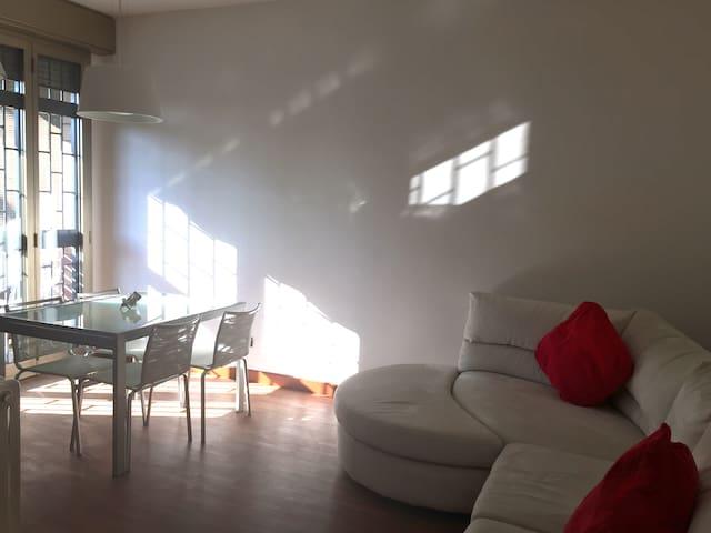 Bilocale a bologna zona Sant'Orsola - Bologna - Appartement