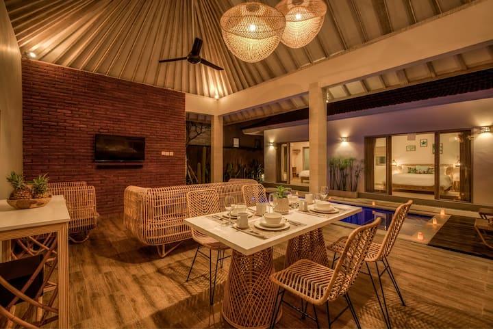 Lovely 2Bedrooms Villa close to Canggu!