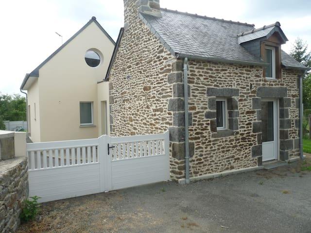 Maison vacances tout confort, jardin, près St Malo - Saint-Pierre-de-Plesguen - House