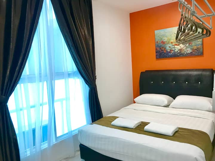 Infinity Avenue Modern & Spacious Studio Apartment (2 pax)