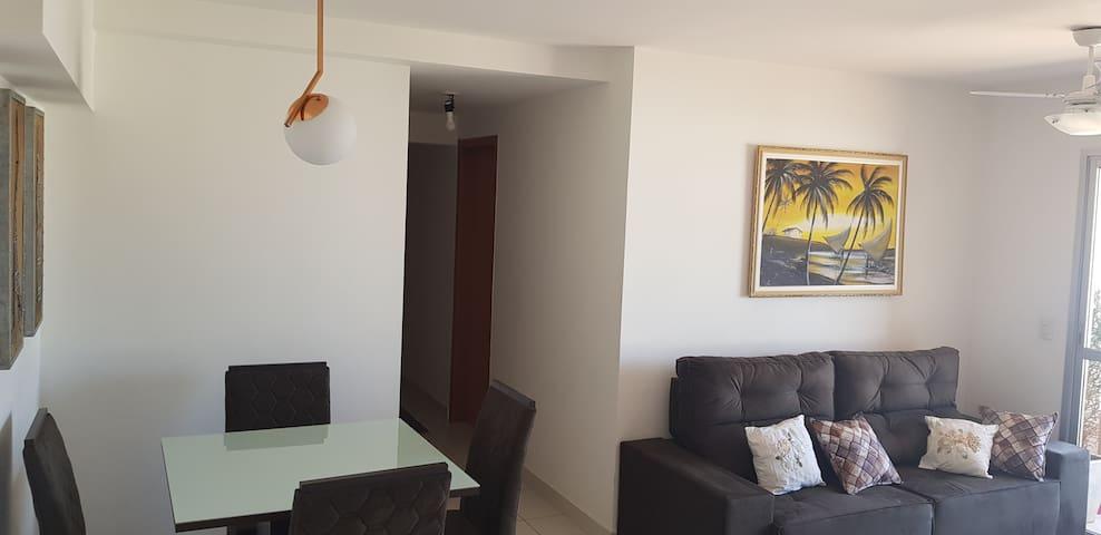 Apartamento Mobiliado ao Lado do Shopping Pantanal