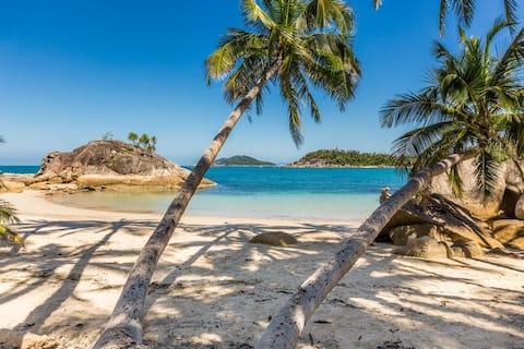 Tropical Island Home - Bedarra Beachcombers