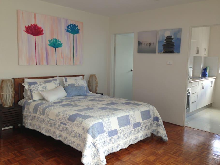 bronte beach studio in sydney 39 s best suburb apt 2 wohnungen zur miete in bronte new south. Black Bedroom Furniture Sets. Home Design Ideas
