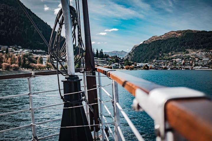 5 Star Villa for Rent in New Zealand, Queenstown Villa 1011