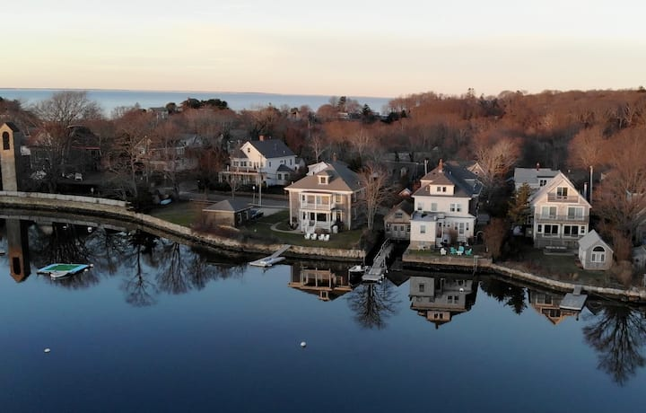 On Eel Pond: Woods Hole Waterfront Retreat