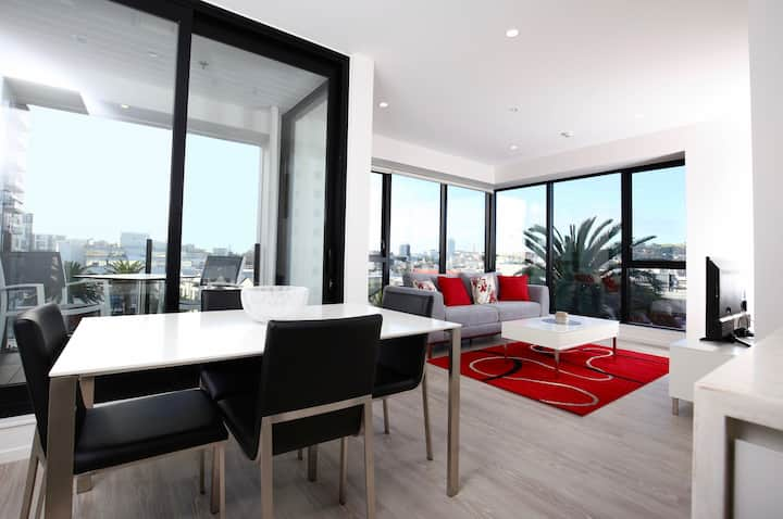 Brand New 2 Bed Apt | Heart of Ponsonby | Gym