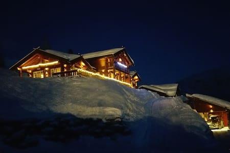 Luxurious Large Cabin in Myrkdalen Fjellandsby! - 보스 - 단독주택