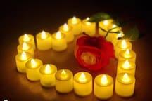 房间内备有led蜡烛,可为情侣提供浪漫物件:),此图为2018.5.20.入住房客的实拍哦。大家都很喜欢