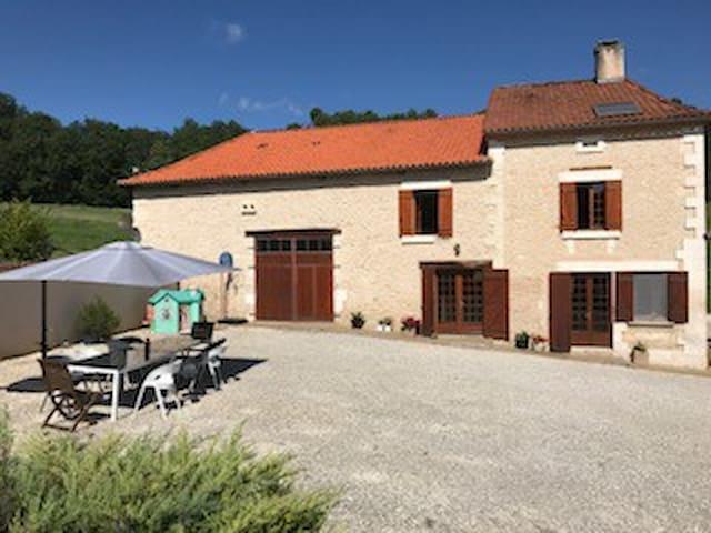 maison 10 personnes,St Astier Dordogne (24)