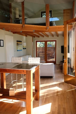 Amazing Malibu Guest House
