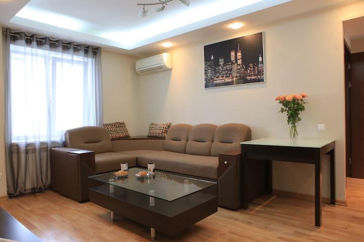 Апартаменты с 2спальнями и балконом - Kiev - Apartemen
