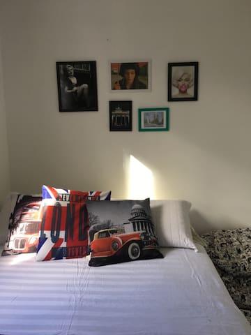 Nice and comfortable room!!