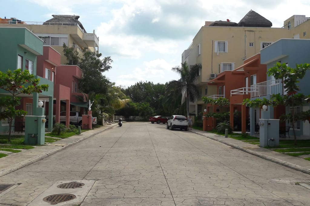 Amplia calle