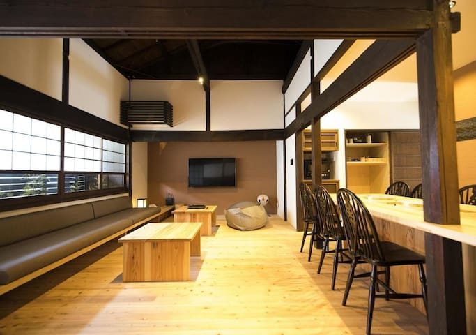 A Japanese house in a nostalgic port city. Fuji view spot nearb