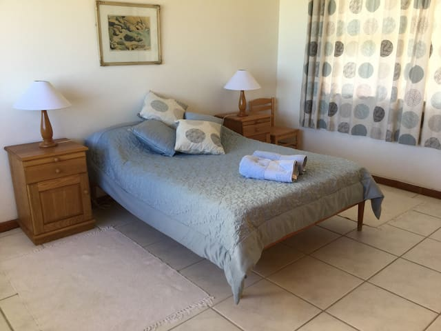 Seafront Home - Struis Bay - House