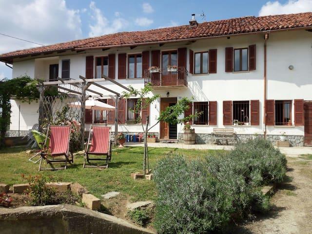 Cascina Teresina Monferrato Cortazzone  -Asti-