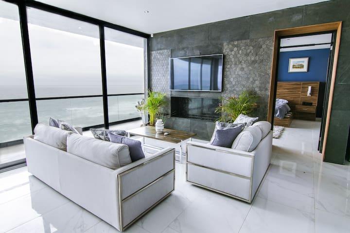 Ultra-Luxe Baja Penthouse w/ Panoramic Ocean Views