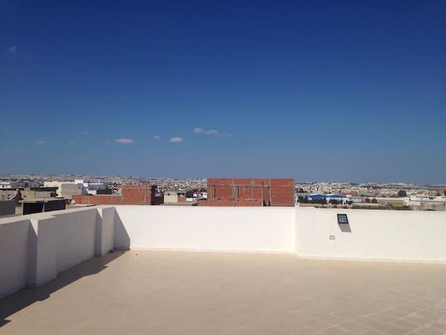 Bel appart près de Parenin et autoroute Béja - Tunis  - Leilighet