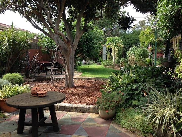 The Gaarden Flat  Fremantle Area