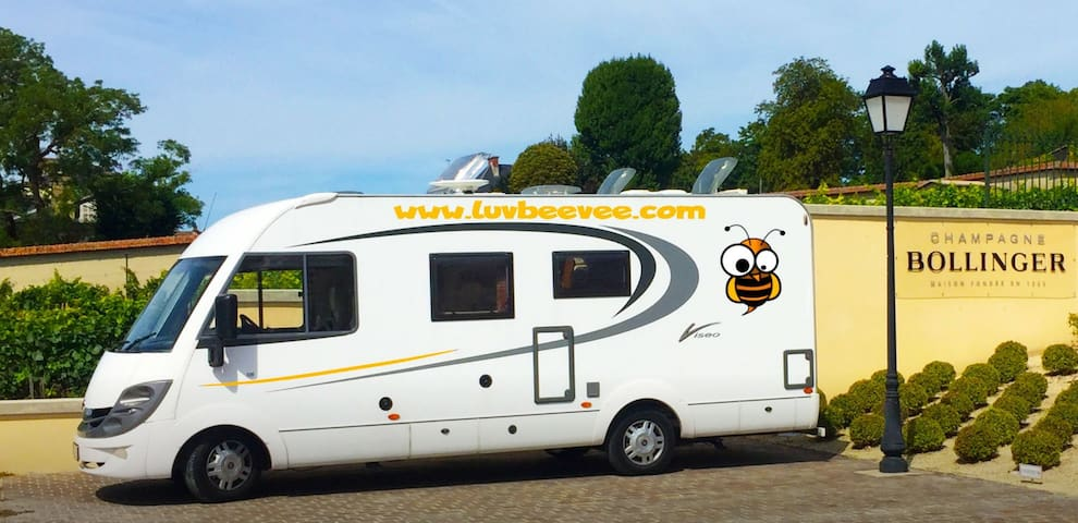 BEEVEE is waiting for you in IBIZA 🐝🚐💨