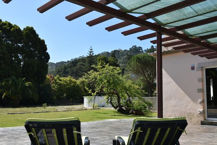 Quinta em Sintra, serra e praia.