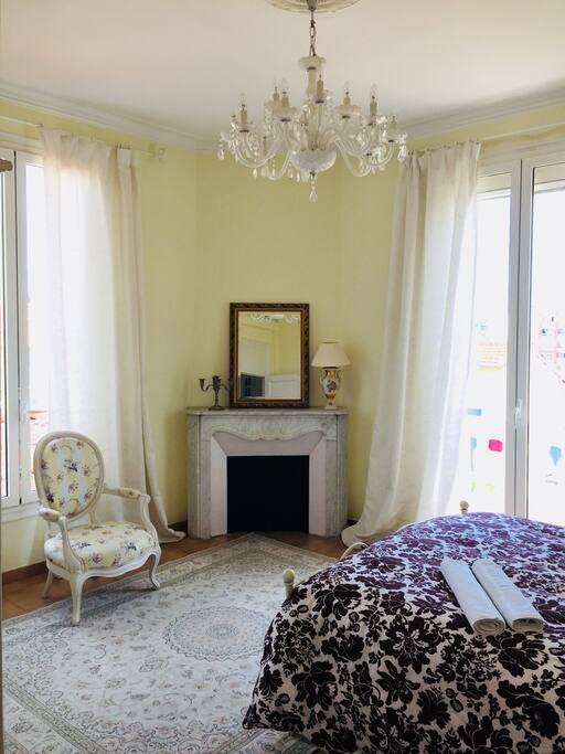 Bedroom N° 1