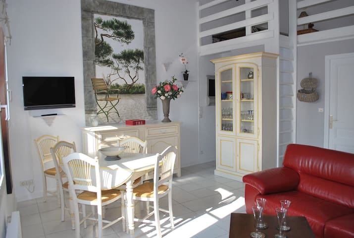 Private apartment in the heart of St Martin